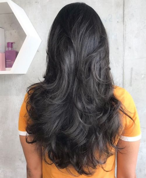 Pretty Layered Haircut for Long Hair