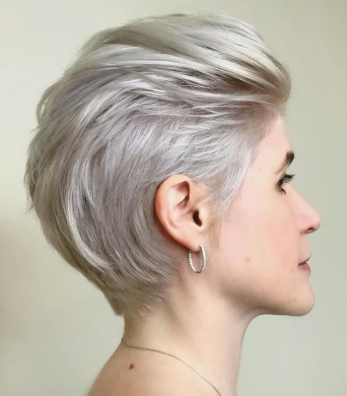 Chic Platinum Pixie Hairstyle