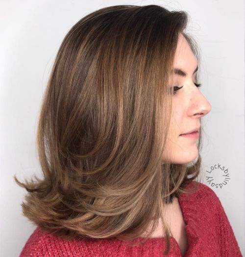 Straight Shoulder-Length Layered Haircut
