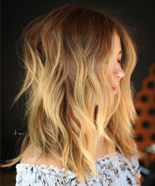 Medium Choppy Wavy Layered Hairstyle